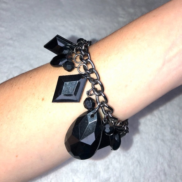 unbranded Jewelry - 💎BOGO FREE! Black diamond beaded bracelet!🖤♠️